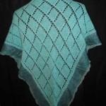Sjal strikket i uld m/flitkant